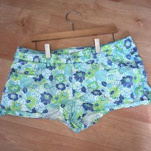 Woman's jean shorts size 11/12 by Aeropostale